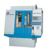 電腦數值控制門型高速雕銑中心機